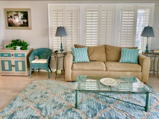 Beachcomber unit living area